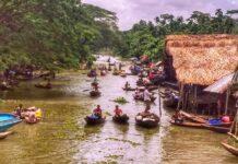 Floating Peyara Bazar Tour